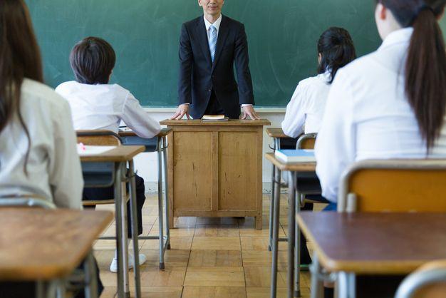 中学校教師の仕事内容10個の業務。担任を持っている先生と持っていない ...
