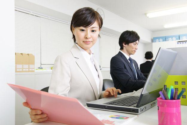 OA事務とはどんな仕事?仕事内容や会社や事務においての役割、なり方など詳しく解説します!