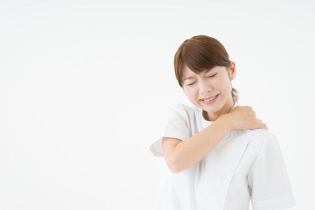 「体力的にきつい 女性 看護師」の画像検索結果