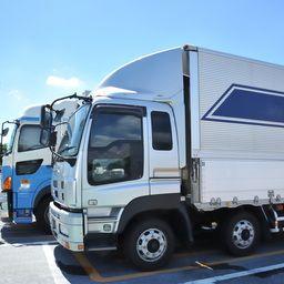 トラック運転手の年収 給料はどのくらい 私の周りの相場や年収の決まり方を紹介します ジョブール