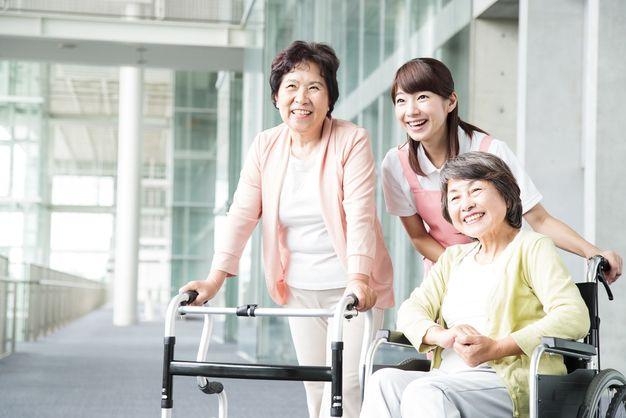 「介護福祉士」の画像検索結果