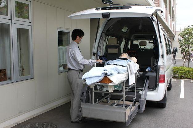 介護タクシーの仕事