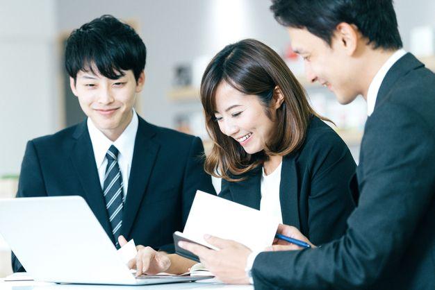 実力型評価の企業で働く人